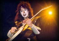 Vinnie Vincent on the Creatures Tour